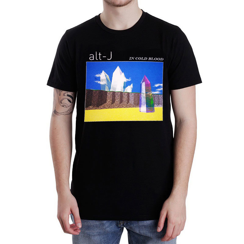 Мерч футболки